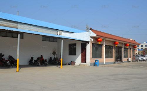 东方炉衬工厂前门